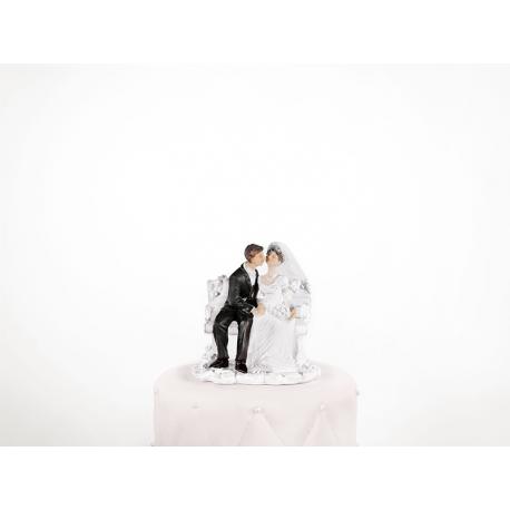 """Figurine pour gâteau """"couple de mariés assis sur un banc"""" en blanc"""